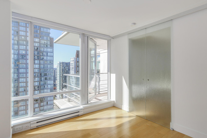 6-4 at 565 Smithe Street, Yaletown, Vancouver West