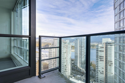 13-5 at 1189 Melville Street, Coal Harbour, Vancouver West