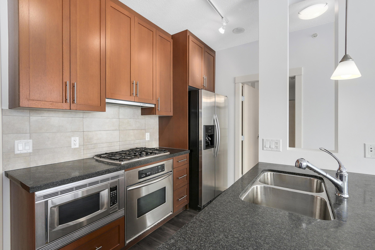 05-2 at 1189 Melville Street, Coal Harbour, Vancouver West