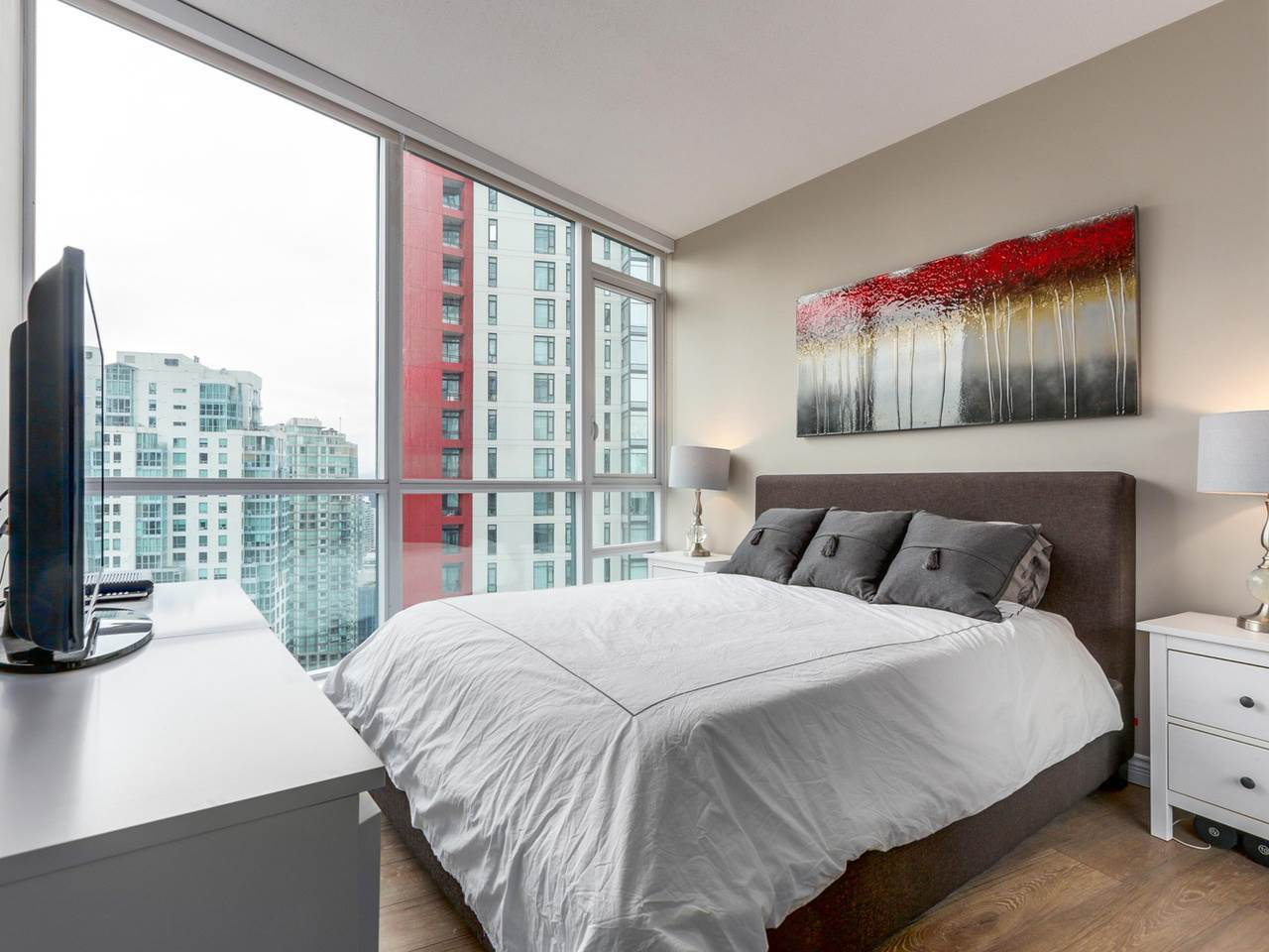 9-2 at 1189 Melville Street, Coal Harbour, Vancouver West