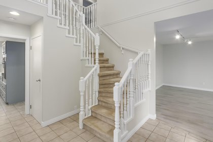 2-10 at  Pinetree Crescent, Upper Caulfeild, West Vancouver