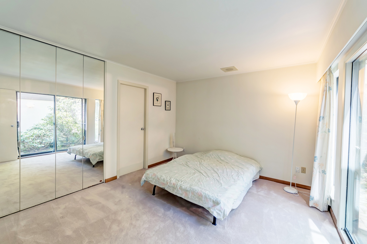 17 at  Eden Place, Sentinel Hill, West Vancouver