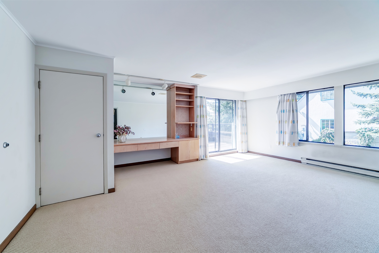 23 at  Eden Place, Sentinel Hill, West Vancouver