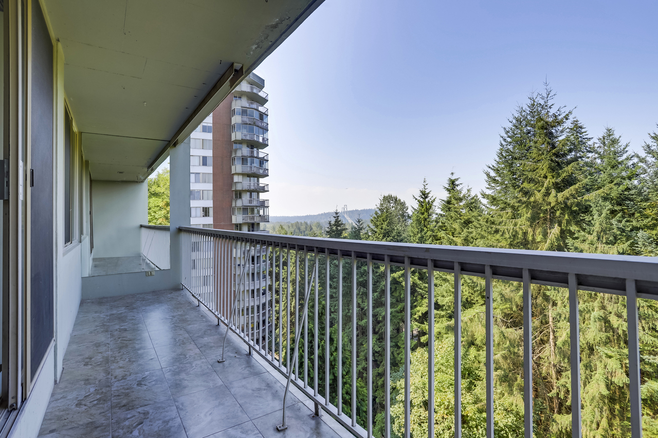 11aa at 2020 Fullerton Avenue, Pemberton NV, North Vancouver