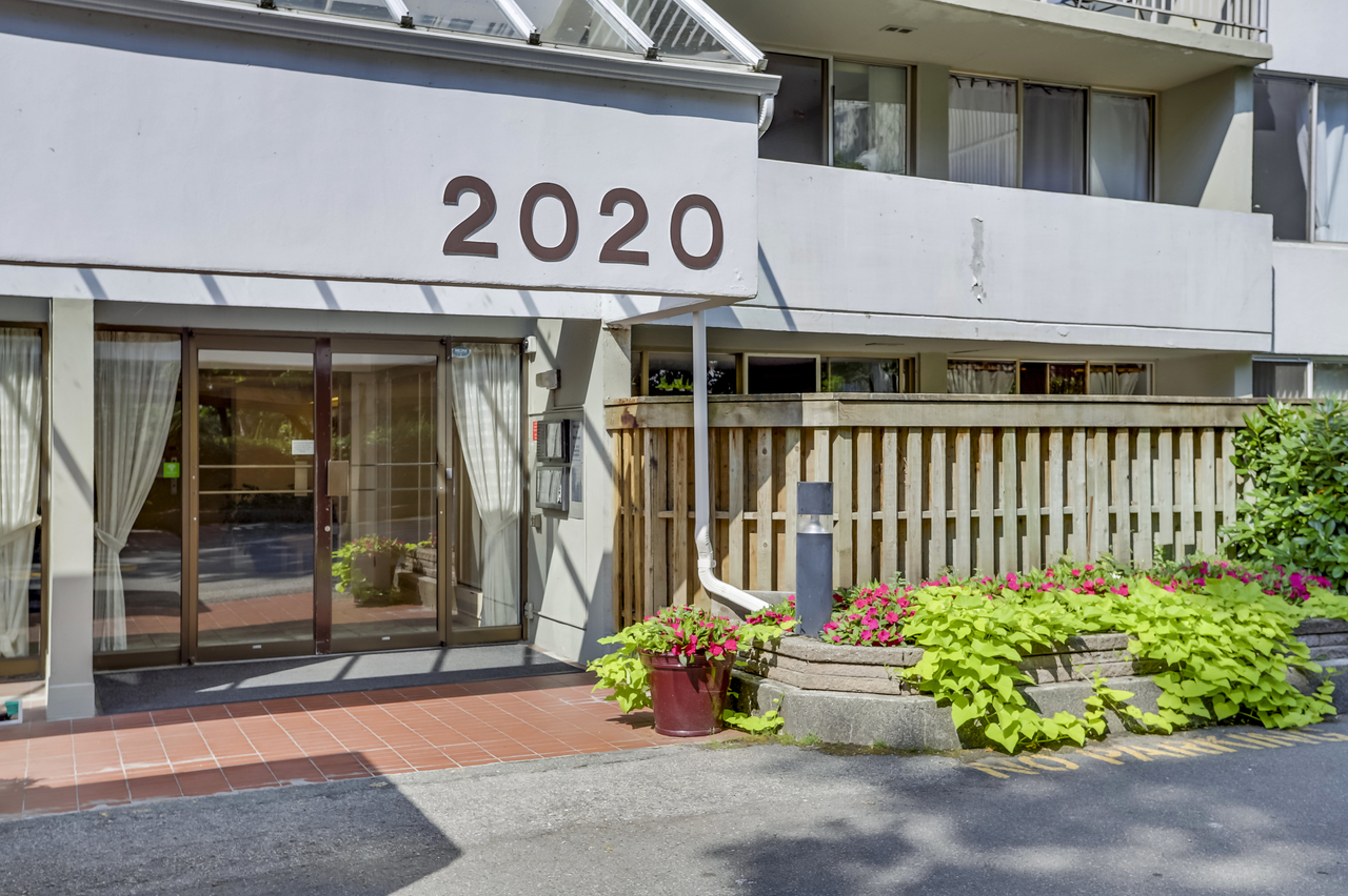 2aa at 2020 Fullerton Avenue, Pemberton NV, North Vancouver