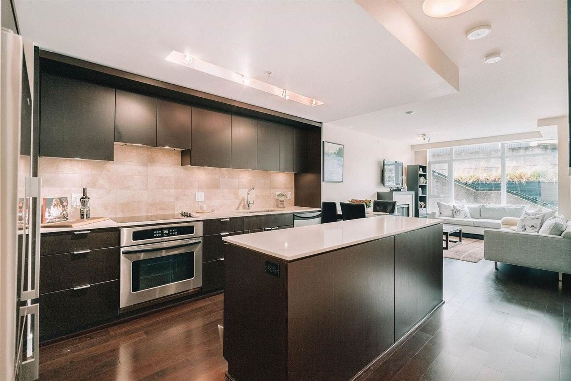 201 - 158 W 13th Street, Central Lonsdale, North Vancouver