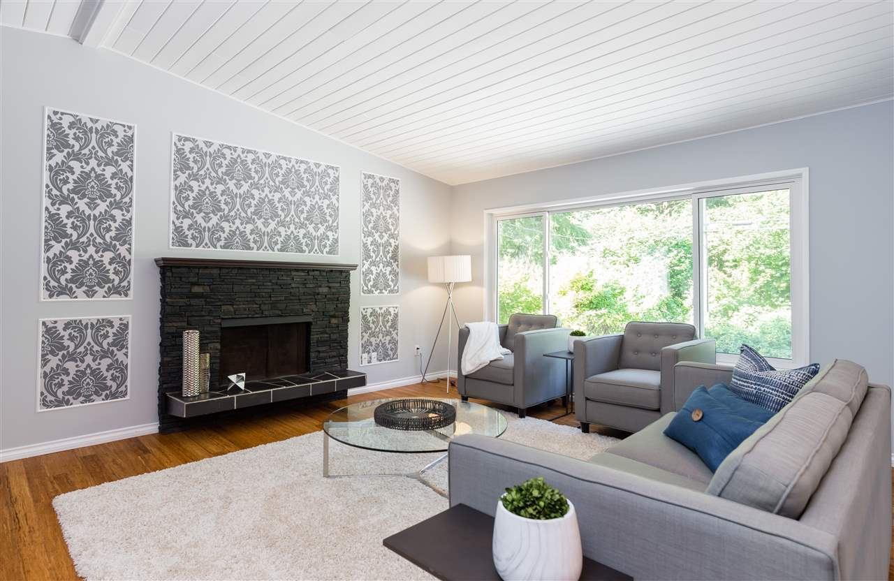 3948-oxford-street-oxford-heights-port-coquitlam-02 at