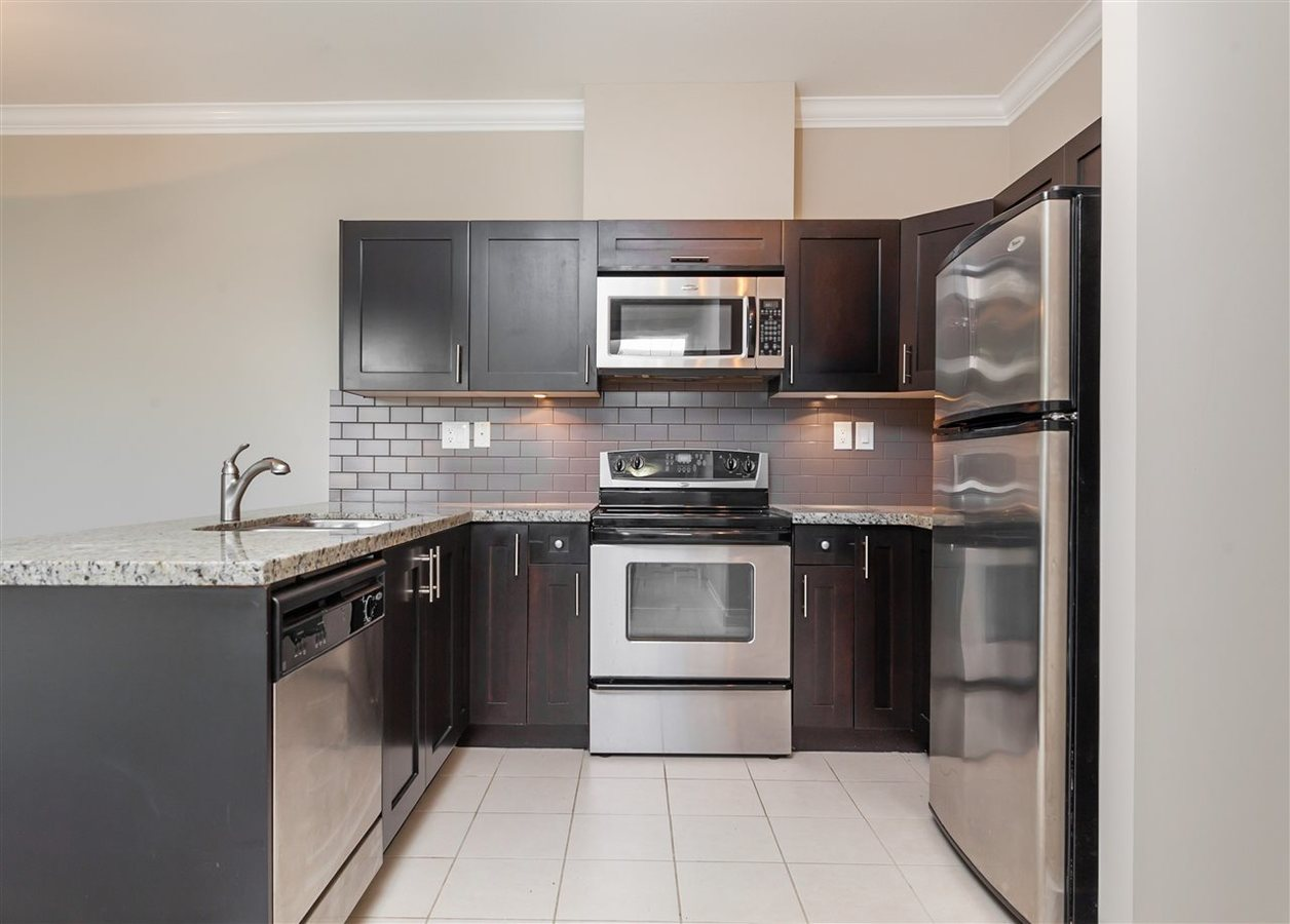 4025-norfolk-street-central-bn-burnaby-north-03 at