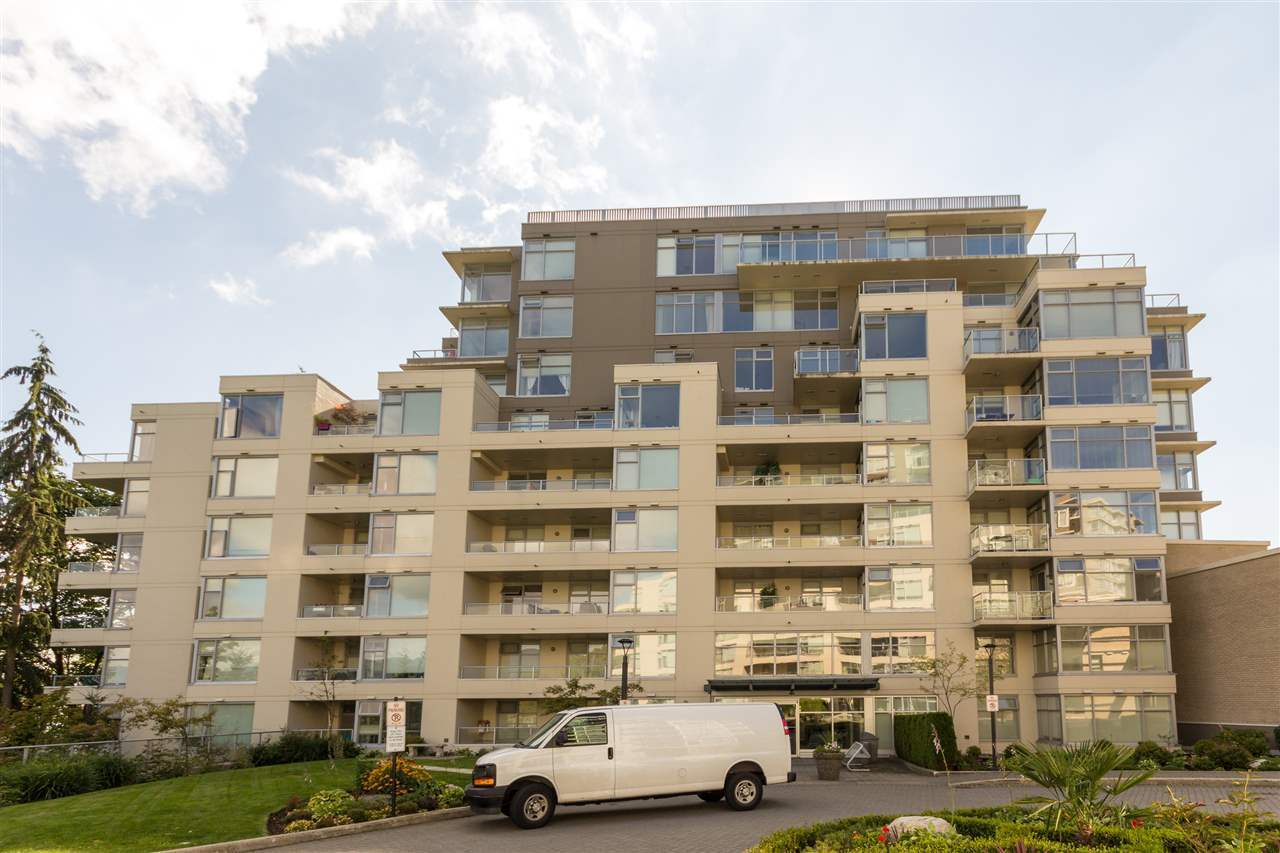 9288-university-crescent-simon-fraser-univer-burnaby-north-02 at