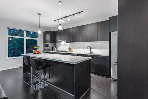20-3400-devonshire-avenue-coquitlam-360hometours-07 at