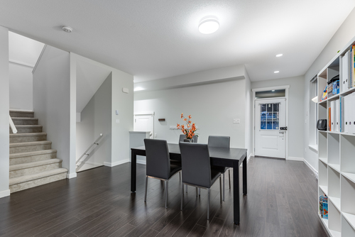 20-3400-devonshire-avenue-coquitlam-360hometours-15 at
