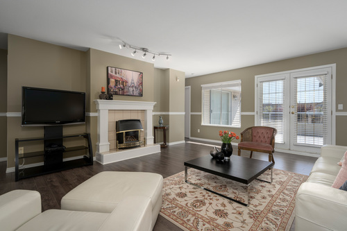 213-13725-72a-ave-360hometours-04 at
