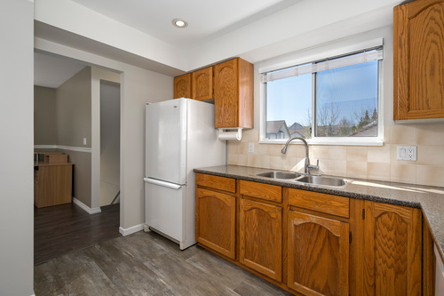 213-13725-72a-ave-360hometours-13 at
