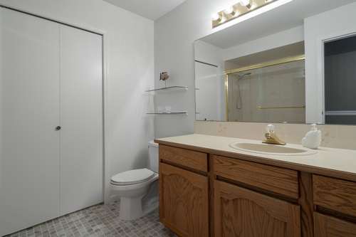 213-13725-72a-ave-360hometours-20 at