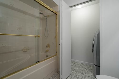 213-13725-72a-ave-360hometours-24 at