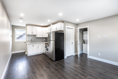 1039-stewart-ave-coquitlam-360hometours-43 at