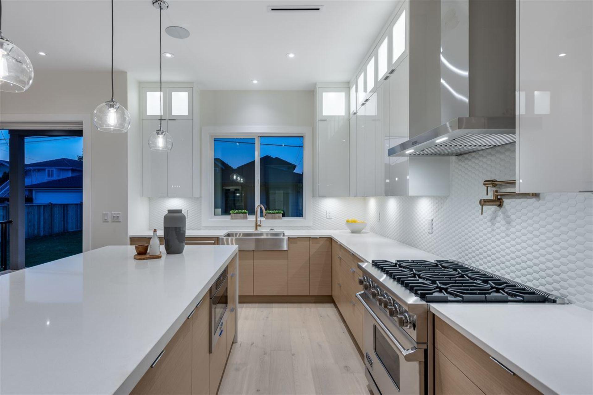 4165-pandora-street-vancouver-heights-burnaby-north-03 at