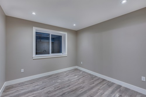 933-jarvis-street-harbour-chines-coquitlam-18 at