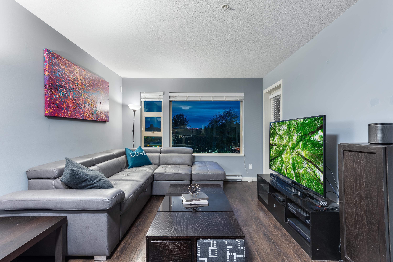 407 - 1677 Lloyd Avenue, Pemberton NV, North Vancouver 3