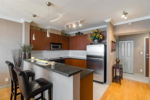 4132-halifax-street-brentwood-park-burnaby-north-06 at