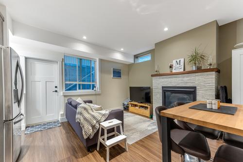 106-mundy-street-coquitlam-360hometours-36 at