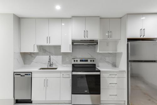2256-king-albert-avenue-coquitlam-360hometours-43 at
