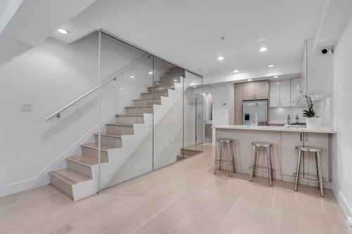 1688-mclean-dr-vancouver-360hometours-08 at