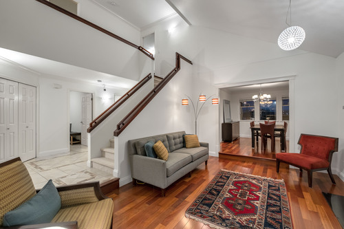 5469-walter-place-360hometours-04 at