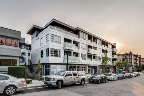 406-711-west-14th-north-vancouver-360hometours-01 at