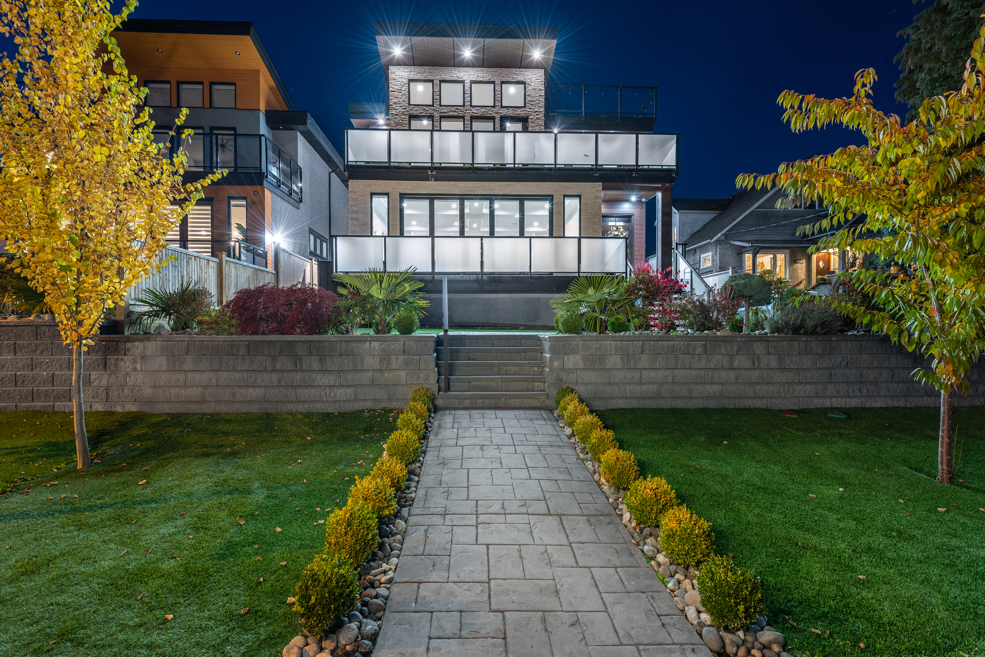 1053b-rochester-avenue-coquitlam-1 at