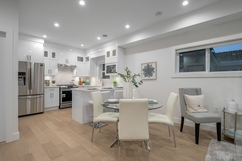 5653-earles-st-360hometours-05 at
