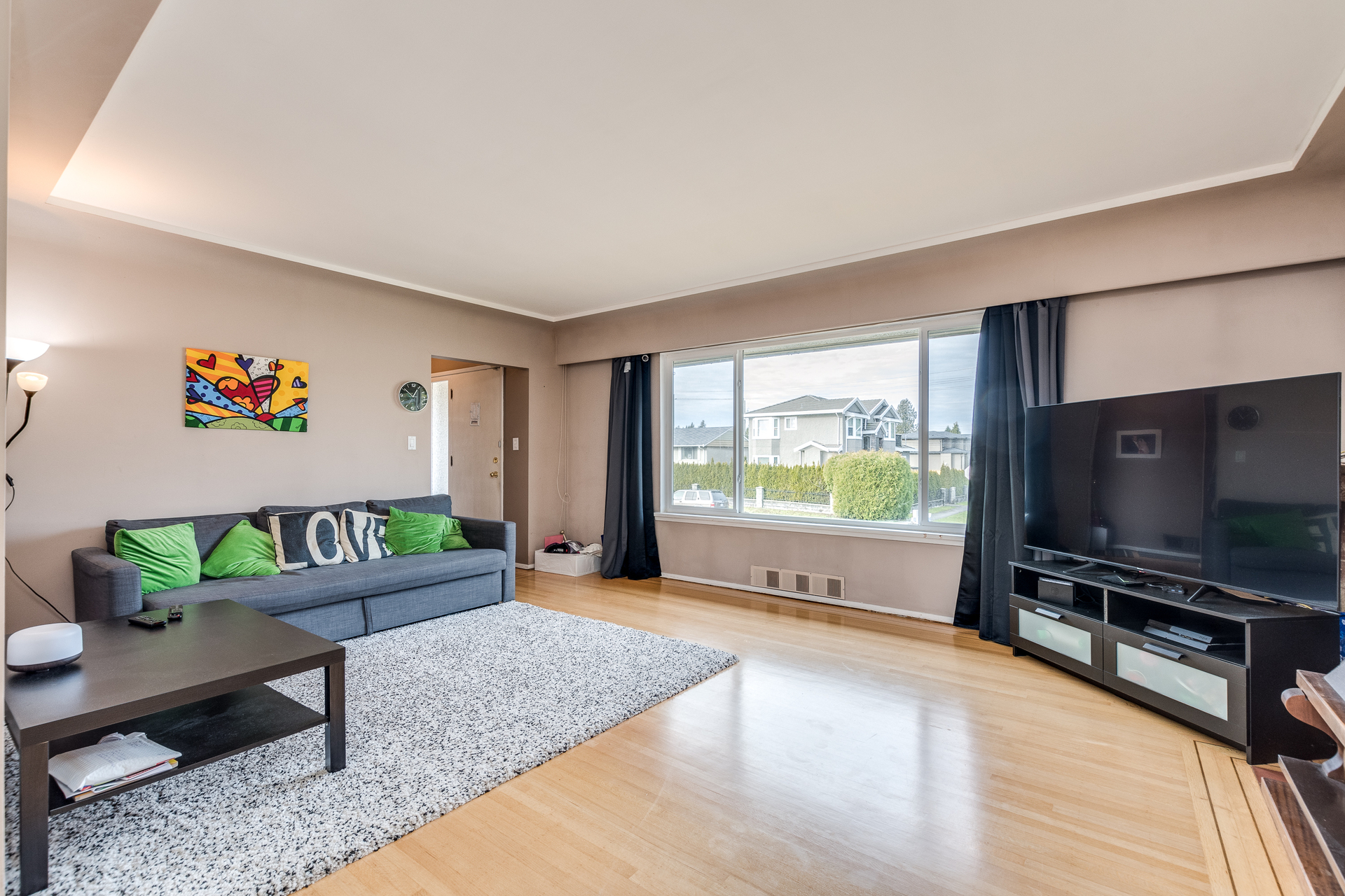 7412-imperial-st-burnaby-360hometours-05 at