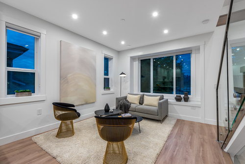 2061-e-36th-ave-vancouver-360hometours-08 at