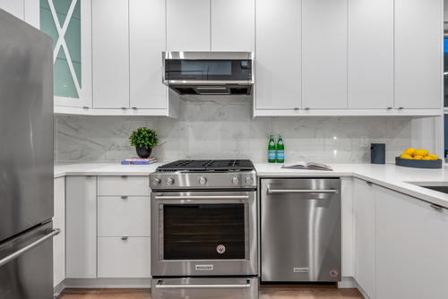 2061-e-36th-ave-vancouver-360hometours-13 at