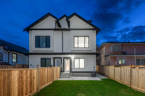2061-e-36th-ave-vancouver-360hometours-26 at