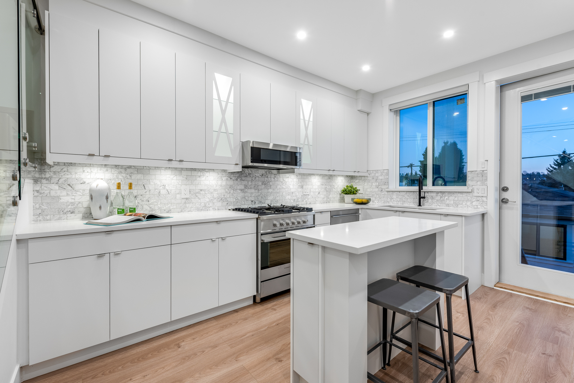 3346-e-8th-ave-vancouver-360hometours-09 at