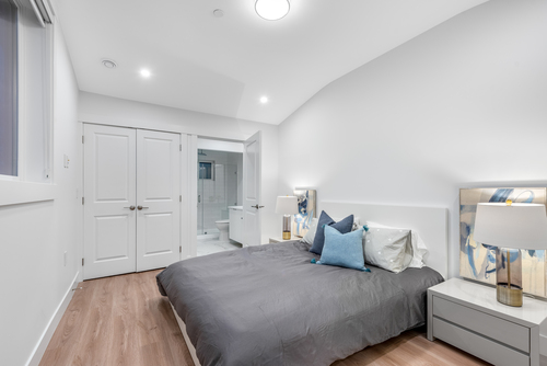 3346-e-8th-ave-vancouver-360hometours-16 at
