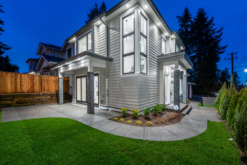 728-smith-ave-coquitlam-360hometours-04 at