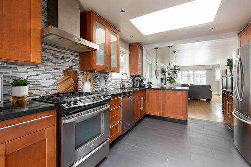 328-26th-st-w-north-vancouver-360hometours-08-copy at