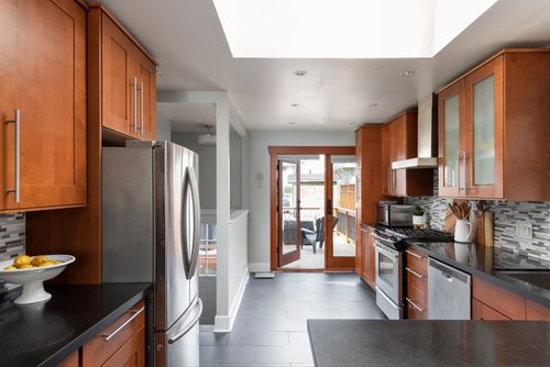328-26th-st-w-north-vancouver-360hometours-10-copy at
