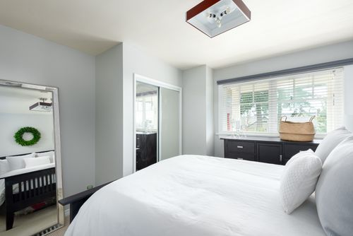328-26th-st-w-north-vancouver-360hometours-14-copy at