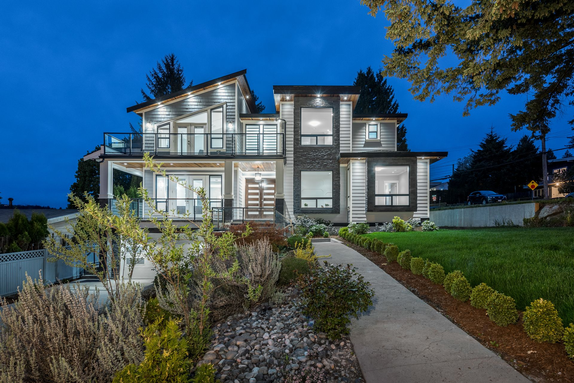 1999-peterson-ave-coquitlam-360hometours-01 at