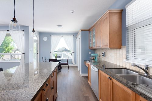 3358-Highland-Dr-Coquitlam-360hometours-10-1 at