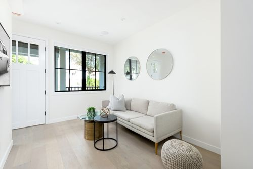 2476-E-Pender-Vancouver-360hometours-02-1 at