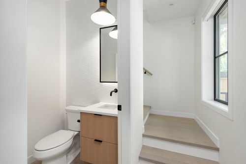 2476-e-pender-vancouver-360hometours-10 at