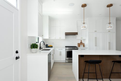 2478-2480-e-pender-vancouver-360hometours-08 at