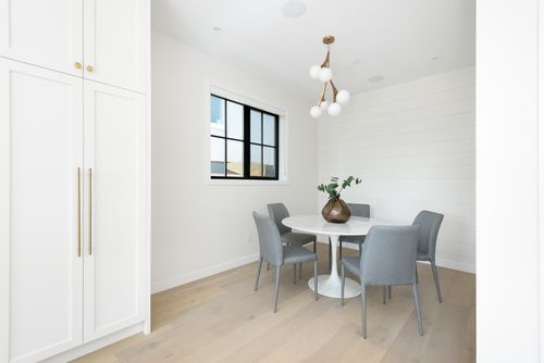 2478-2480-e-pender-vancouver-360hometours-10 at