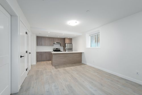 2478-2480-e-pender-vancouver-360hometours-22 at