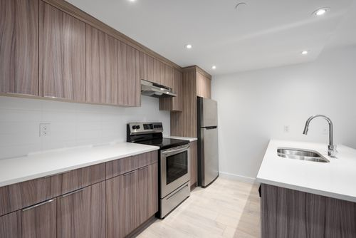 2478-2480-e-pender-vancouver-360hometours-23 at