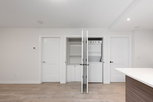 2478-2480-e-pender-vancouver-360hometours-25 at